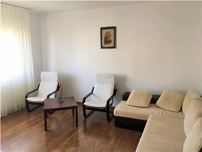 Apartament 3 domitoare + living, cartier Zorilor