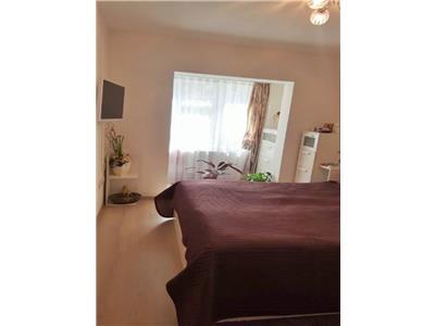 Apartament 3 camere, 2 bai, 2 balcoane, parcare, Intre Lacuri-Marasti