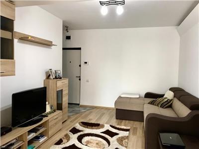 Apartament 2 camere, etaj 1, modern, Intre Lacuri, zona Iulius Mall
