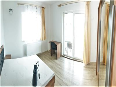 Apartament 3 camere decomandate 90 mp, cu parcare, Calea Turzii