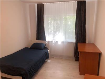 3 camere decomandate, balcon, Titulescu Gheorgheni, ideal studenti!