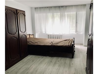Decomandat - 2 camere - Parcare - CF - Cipariu - Gheorgheni