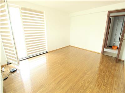 Apartament 2 camere decomandate cu terasa mare, zona Buna Ziua