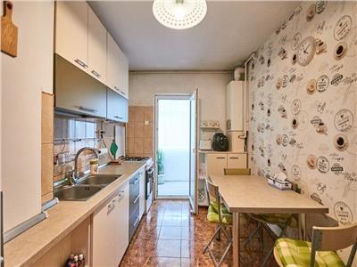Apartament 3 camere decomandate, etaj intermediar, Manastur-Calvaria